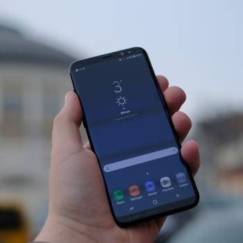 samsung galaxy s8+ smartphone